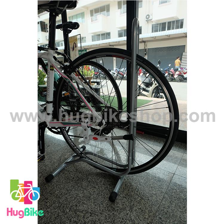 ขาตั้งจักรยาน แบบล้อเสียบ