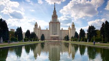 ทัวร์รัสเซีย มอสโคว์ เข้า เซนปีเตอร์เบิร์ก 6วัน 4คืน TG