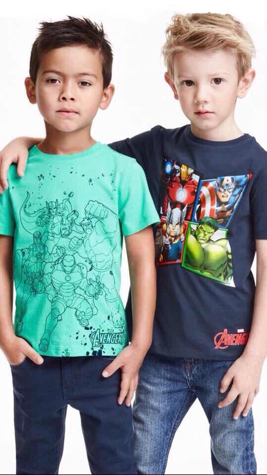 H&M : เสื้อยืด สกรีนลาย Avenger สีเขียว size : 1-2y