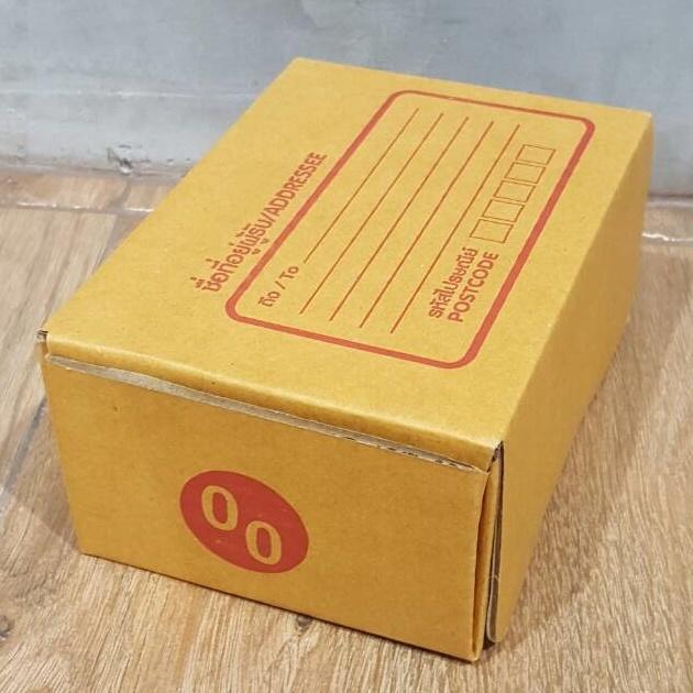 กล่องไปรษณีย์ ไดคัท สีน้ำตาล เบอร์ 00 ขนาด 9.75 X 14 X 6 cm. ใบละ 2.5 บาท