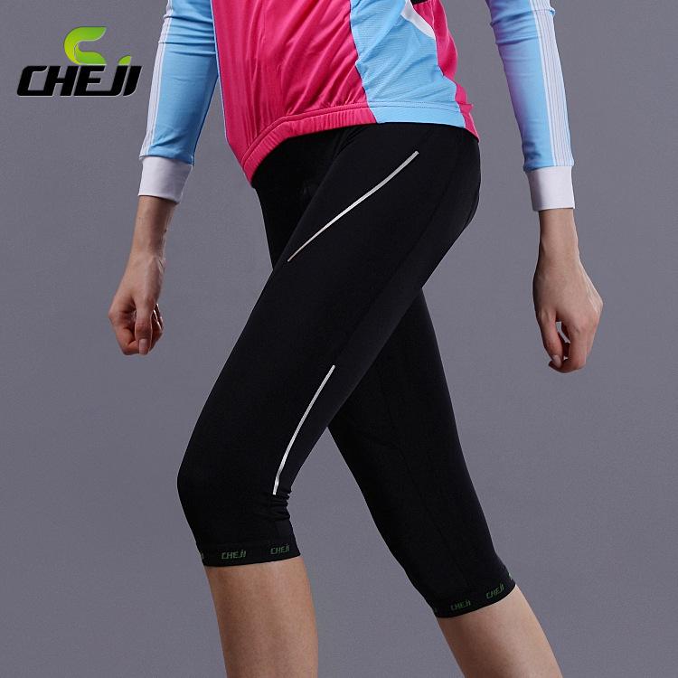 กางเกงจักรยานขาสามส่วนผู้หญิง CheJi สีดำ สั่งจอง (Pre-order)