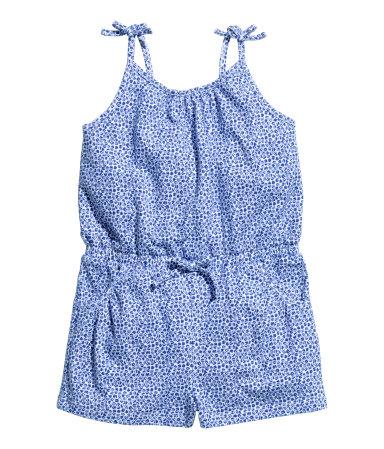 H&M : จั๊มสูทสายเดี่ยวสีน้ำเงิน เนื้อผ้านิ่มค่ะ ยืด ใส่สบาย size 6-8y