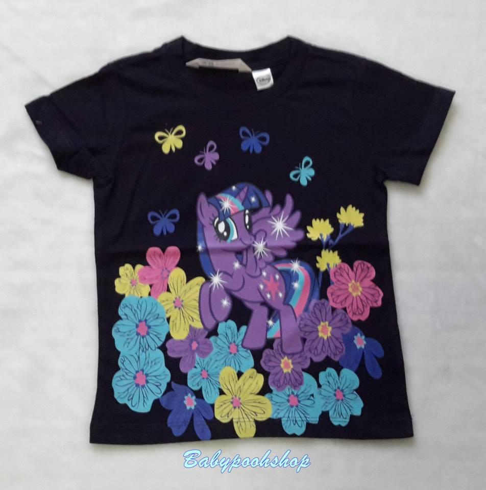 H&M : เสื้อยืดสกรีนลาย โพนี่ ดอกไม้ สีกรมท่า size : 6-8y