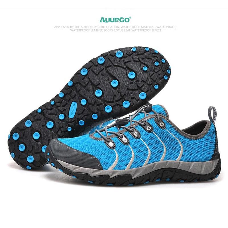 รองเท้าเดินป่าขี่จักรยาน Octopus สีฟ้า