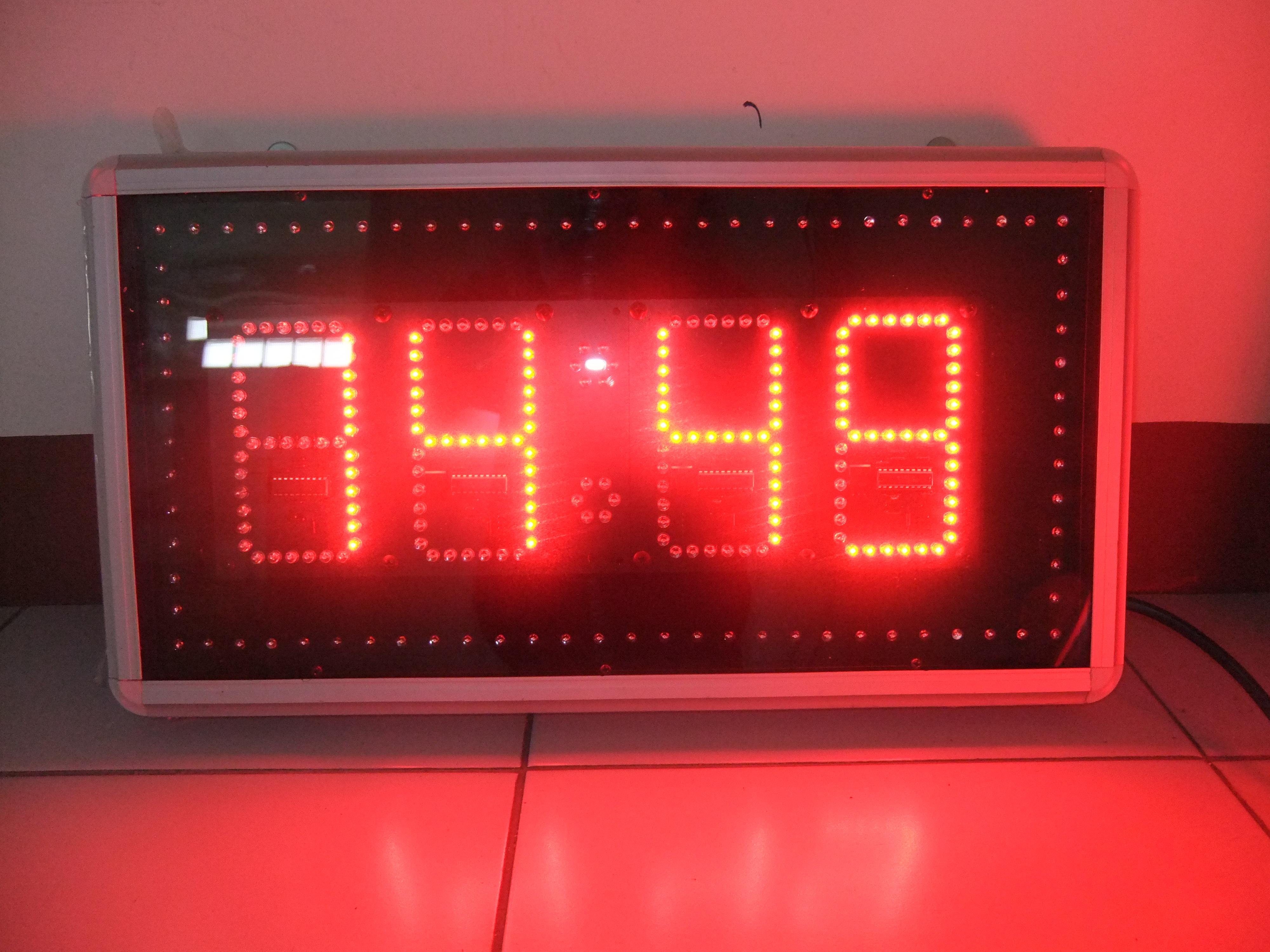 นาฬิกาดิจิตอลLED 5นิ้ว 4หลัก