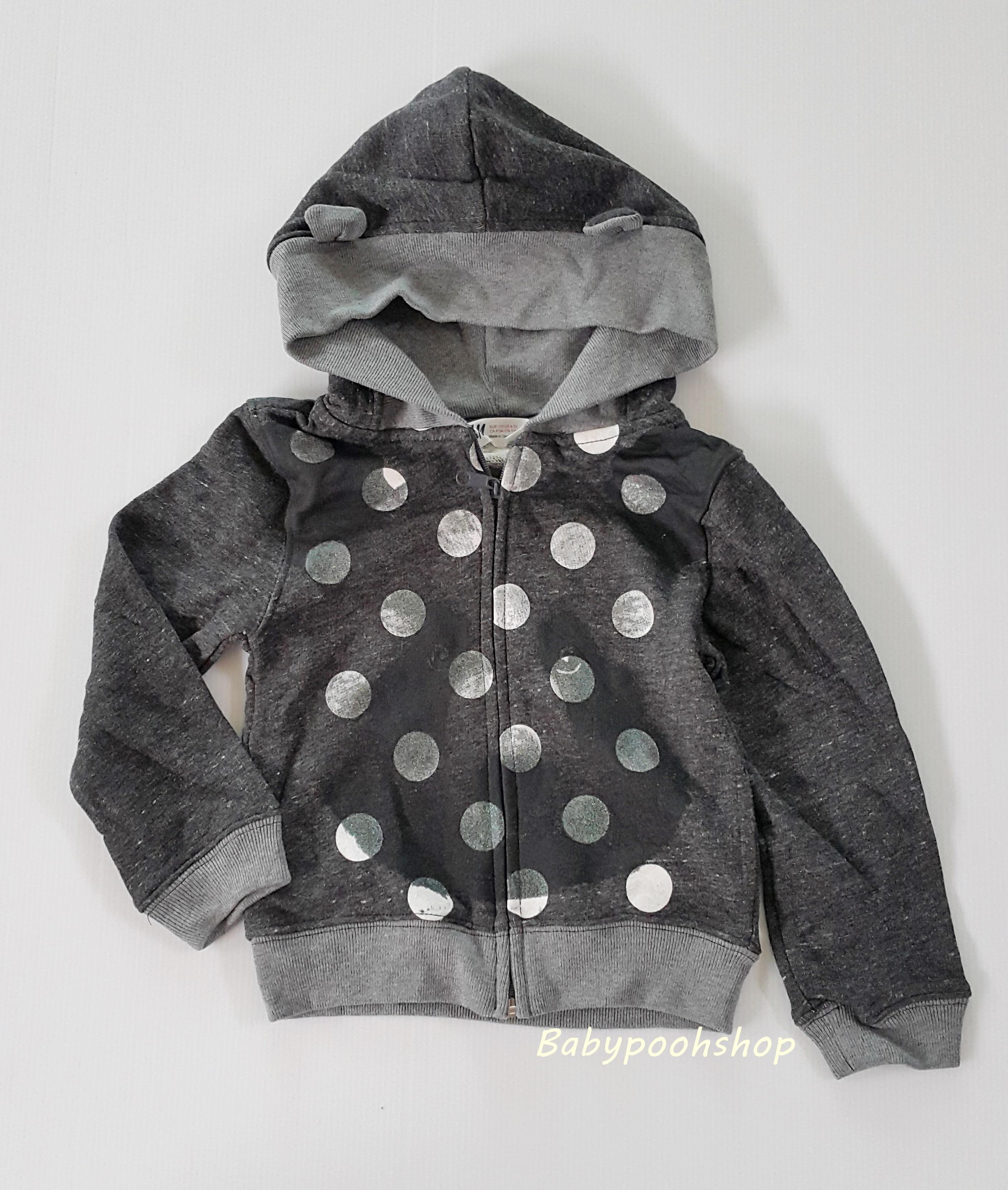 H&M : เสื้อแจ็คเก็ทกันหนาว มีฮูด ลายหมี สีเทาดำ ผ้าไม่หนามาก size 1-2y / 2-3y / 4-5y
