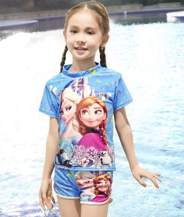 ชุดว่ายน้ำ เสื้อ+กางเกงขาสั้น ลาย Frozen สีฟ้า size : M (3-4y)