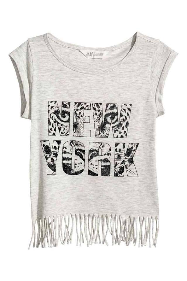 H&M : เสื้อยืด รุ่น Top with Fringe สีเทา size : 2-4y / 8-10y