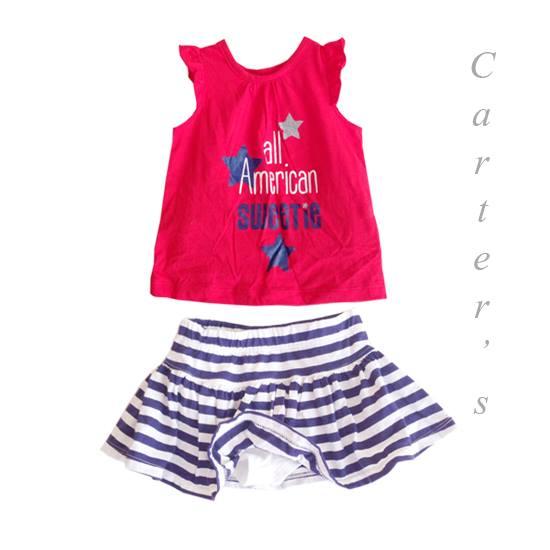 Carter's : เสื้อเนื้อนิ่มสกรีนลายสีแดง พร้อมกระโปรงกางเกงลายขวางสีน้ำเงิน size 4T