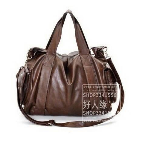 กระเป๋า : รุ่นใบใหญ่นุ่มนิ่ม