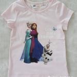H&M เสื้อยืดแขนสั้น ลายเจ้าหญิง สีชมพูอ่อน ***สินค้ามีตำหนิ*** size : 1-2y / 8-10y