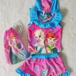 Disney : ชุดว่ายน้ำ เซ็ท เสื้อ + กางเกงกระโปรง ลายเจ้าหญิง Frozen สีชมพู พร้อม หมวกและ ถุงผ้า (งานลิขสิทธิ์) size : XS (3-4y)