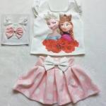 Ploy : set เสื้อพิมพ์ลายAnna&Elsa (ด้านหลังมีโบว์)+กระโปรงลายจุดสีชมพูอ่อน