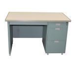 โต๊ะทำงานหน้าเหล็กพ่นสีเขียวเมทัลลิค