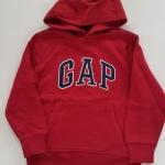 Gap : เสื้อกันหนาวแบบสวม ปักโลโก้ Gap สีแดง ข้างในบุผ้าสำลี size : M(8-9y)
