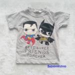 H&M : เสื้อยืด สกรีนลาย Best super friends สีเทา size : 4-6y