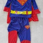 set Superman เสื้อแขนยาวมีผ้าคลุม+กางเกงขายาว ตรงหน้าอกมีไฟ size : S (3-5y)