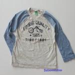 Benetton : เสื้อแขนยาว สีเทาแขนฟ้า เนื้อผ้าบาง ใส่สบาย size 1y