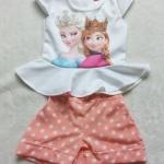 Ploy : Set เสื้อพิมพ์ลาย เจ้าหญิง Anna&Elsa+กางเกงขาสั้นลายจุดสีโอรส size: XL (8-9y)