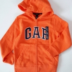 GAP : เสื้อกันหนาว ซิปหน้า ปักโลโก้ GAP สีส้ม size : S (6-7y) / L (10-12y)