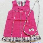 Carter's : เดรสผ้าลูกฟูก สีชมพูเข้มลาย Burberry พร้อมกระเป๋าสะพายเข้าชุด size 2T