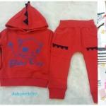 Baby city : ชุดเซ็ท เสื้อมีฮูด+กางเกงผ้าหนา นุ่ม สีแดง