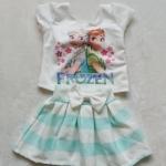 Ploy : Set เสื้อพิมพ์ลาย เจ้าหญิง Anna&Elsa+กระโปรงลายขวางสีเขียว Size : S (2-3y) / L (6-7y)