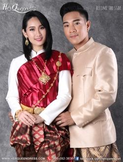 เช่าชุดไทย &#x2665 ชุดแต่งงานแบบไทย เสื้อจิตรลดา ห่มสไบจีบ โจงกระเบน
