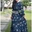 เดรสยาวผ้าชีฟองสีน้ำเงินพิมพ์ลายดอกไม้ตกแต่งระบาย thumbnail 3