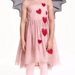 H&M : เดรสผ้าชีฟอง คลุมด้วยผ้าตาข่ายเนื้อนิ่ม ปักผ้าลายหัวใจสีแดง size : 1-2y / 2-4y / 4-6y / 10-12y / 12-14y