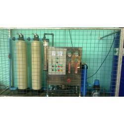 ติดตั้งระบบกรองน้ำอุตสาหกรรม เครื่องกรองน้ํา RO 3000 ลิตรต่อวัน