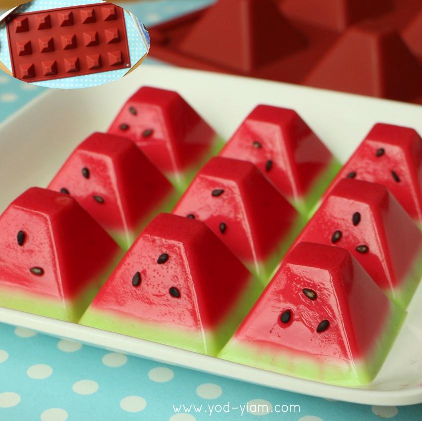 พิมพ์ขนม สามเหลี่ยมพีระมิด เล็ก 15กรัม/ช่อง B690