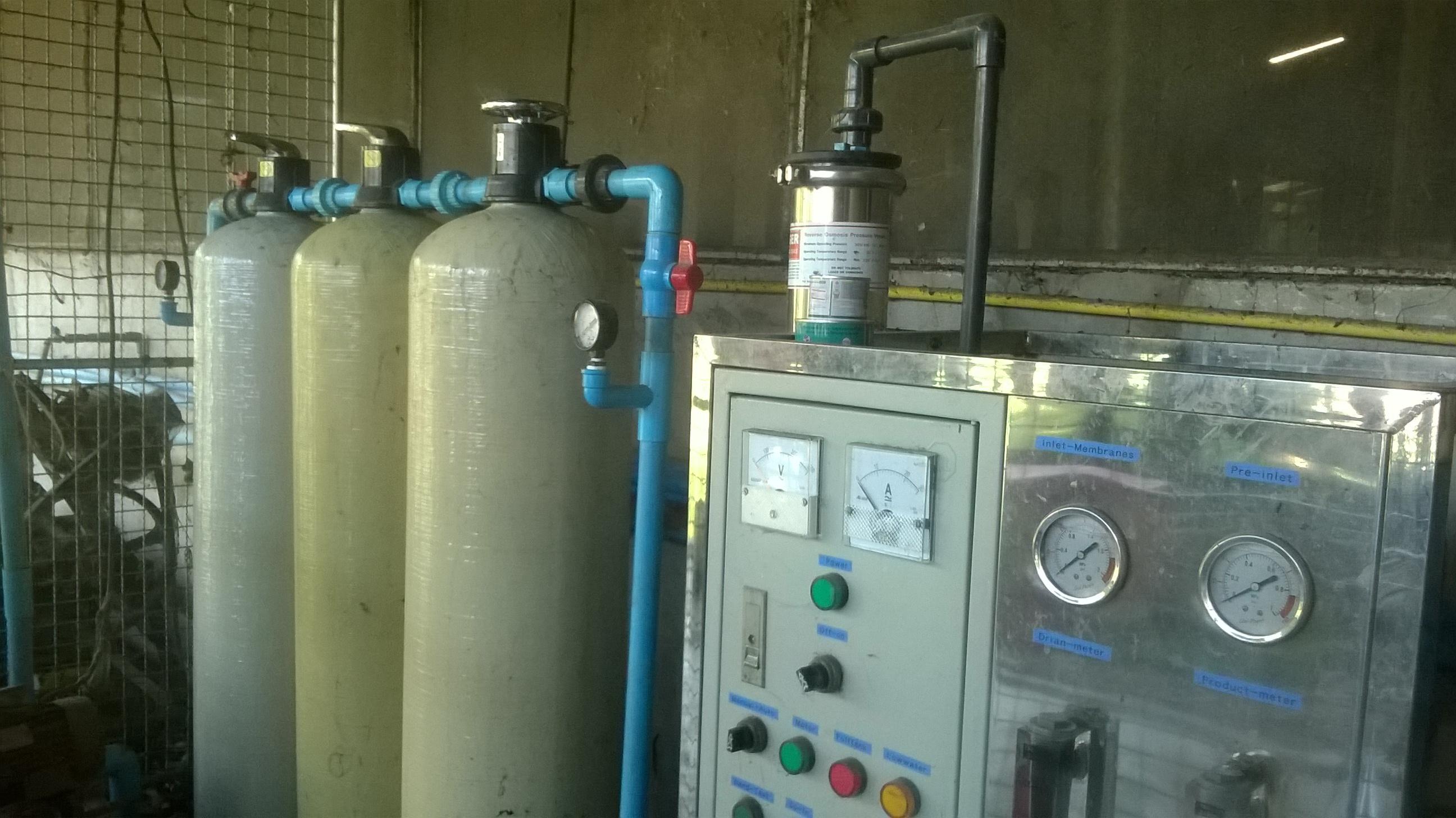 ติดตั้งระบบกรองน้ำอุตสาหกรรม เครื่องกรองน้ํา ro 6000 ลิตรต่อวัน